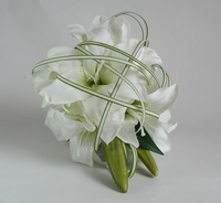 Fresh & Artificial Flower Arrangements